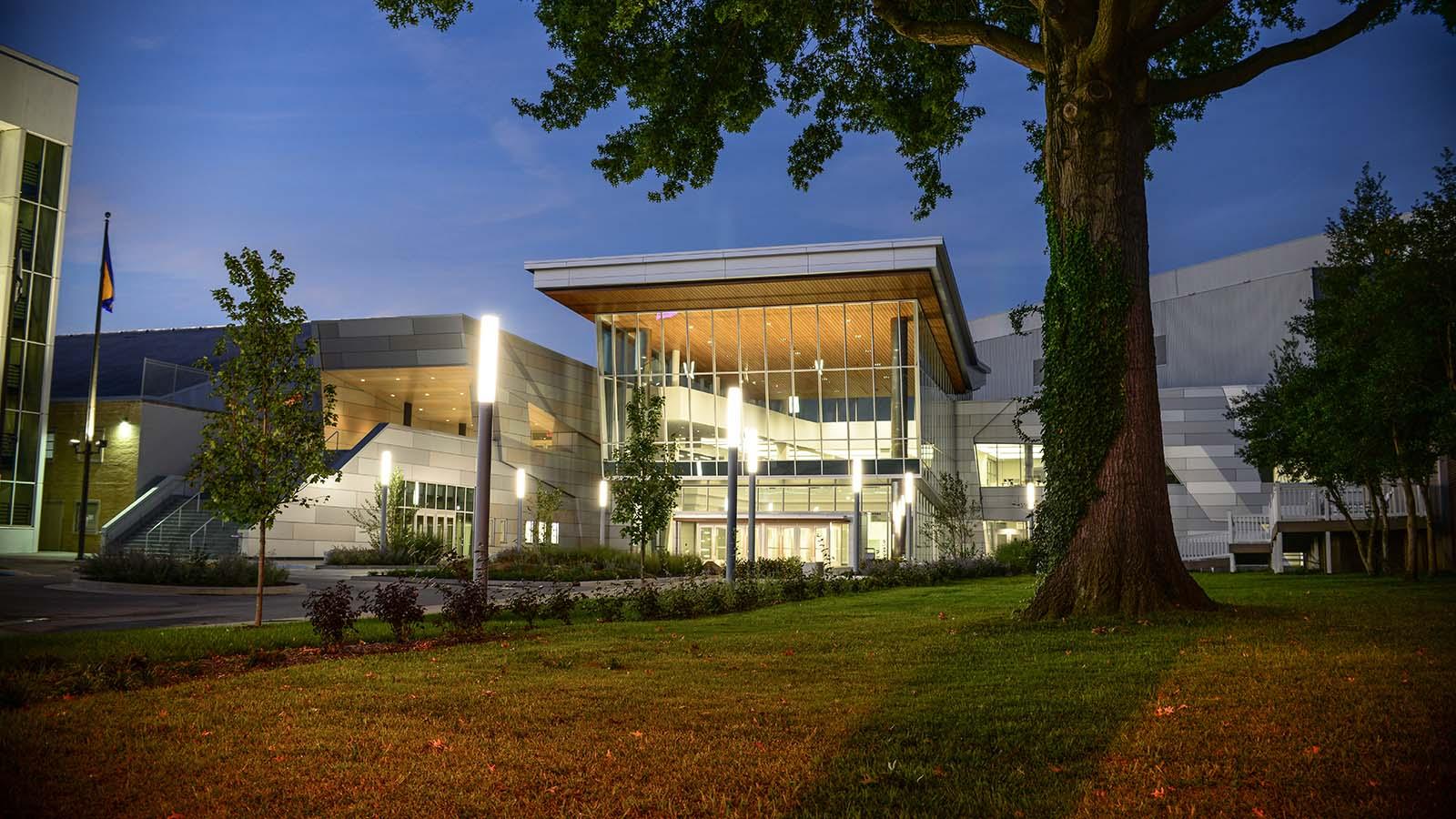 74 Koleksi Civic Center Charleston Gratis Terbaik
